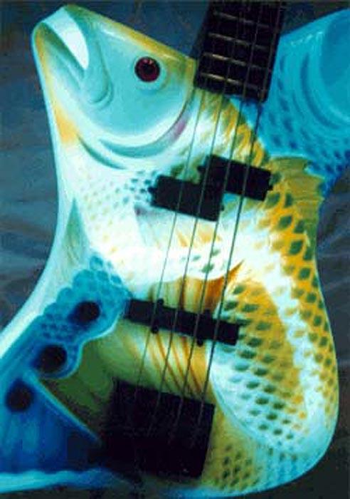 Рыбный рок-бас с подсветкой