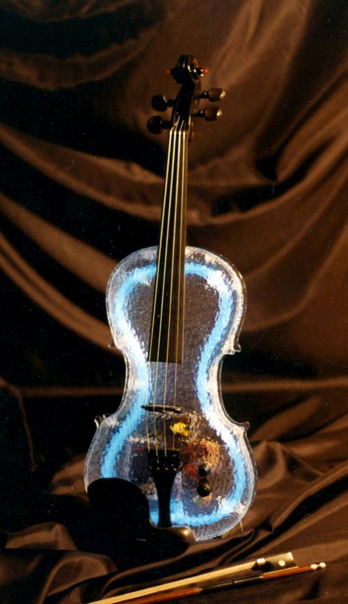 Ледяная скрипка с подсветкой